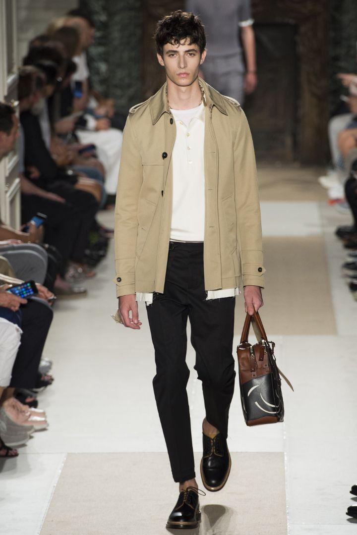 Valentino Menswear SS 2016 Paris (1)
