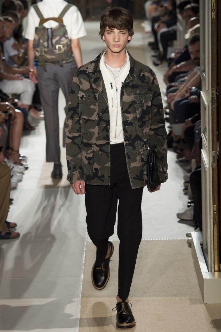 Valentino Menswear SS 2016 Paris (12)