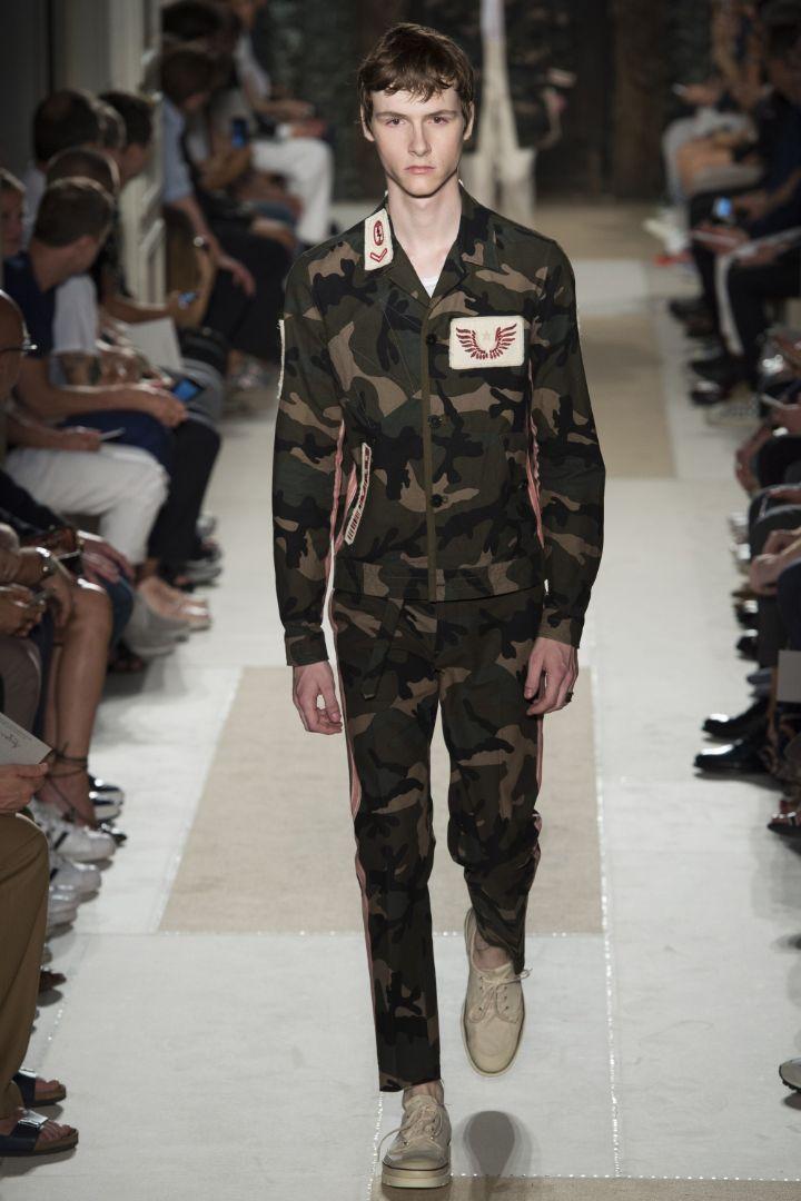 Valentino Menswear SS 2016 Paris (30)
