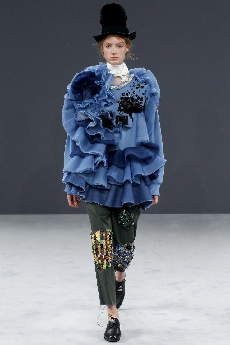 Viktor & Rolf Haute Couture FW 2016 Paris (19)