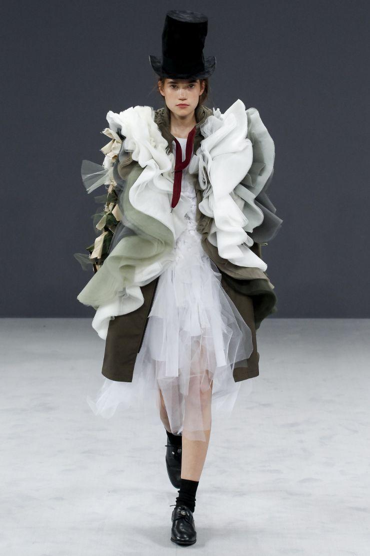 Viktor & Rolf Haute Couture FW 2016 Paris (26)