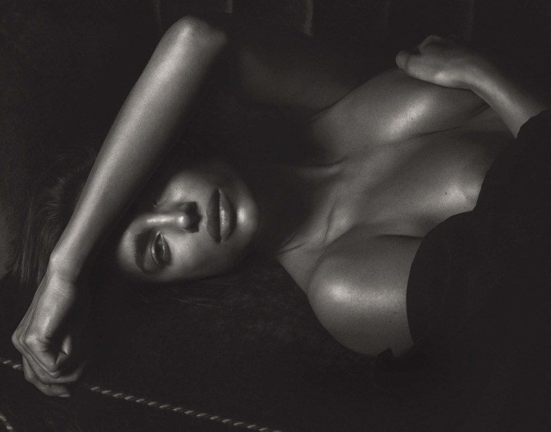 Irina Shayk by Mario Sorrenti (9)
