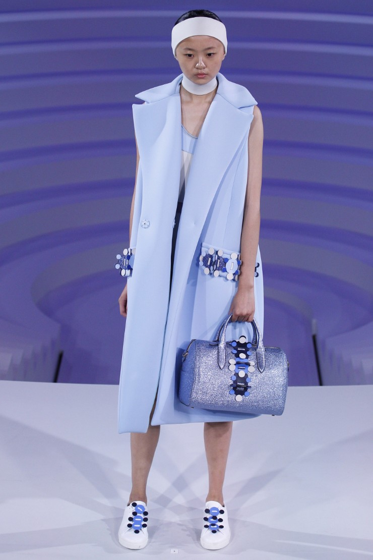 anya-hindmarch-ready-to-wear-ss-2017-lfw-36