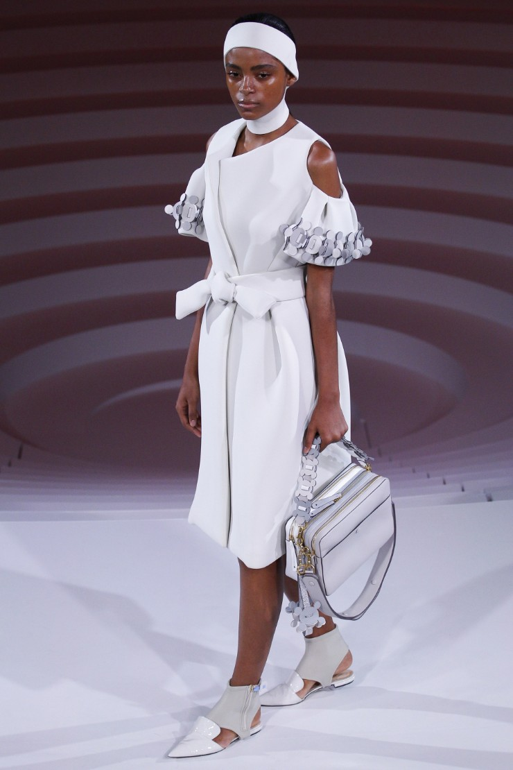 anya-hindmarch-ready-to-wear-ss-2017-lfw-40