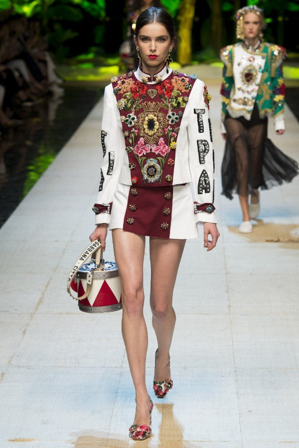 dolce-gabbana-ready-to-wear-ss-2017-mfw-1