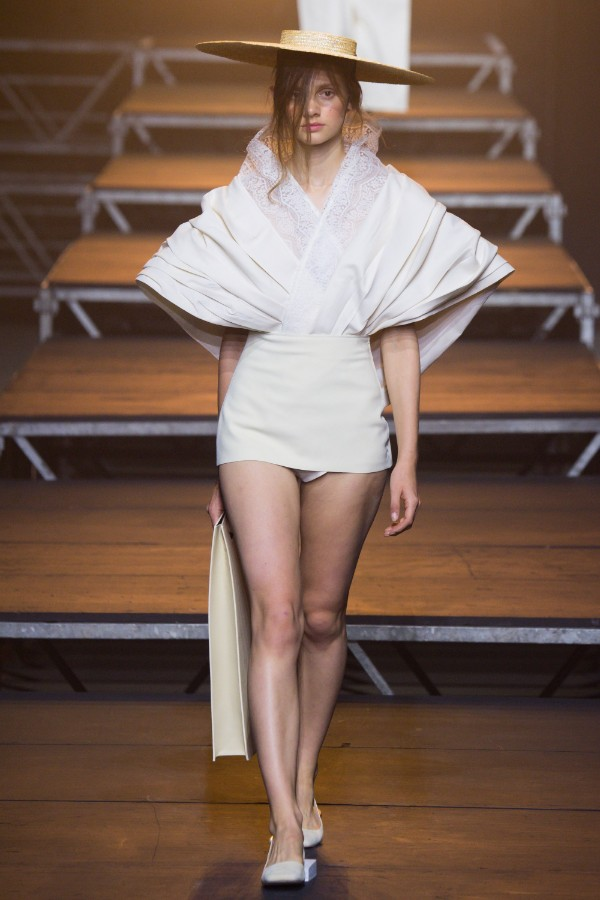 jacquemus-ready-to-wear-ss-2017-pfw-32
