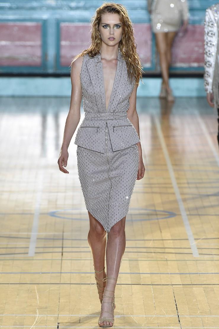 julien-macdonald-ready-to-wear-ss-2017-lfw-7