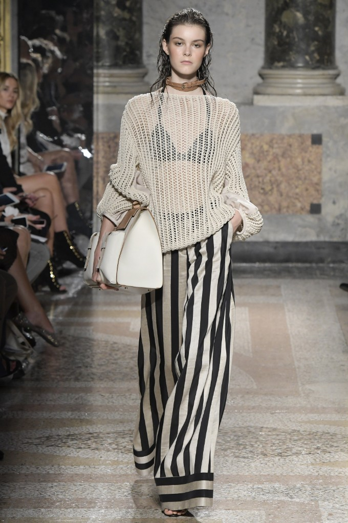 les-copains-ready-to-wear-ss-2017-mfw-12