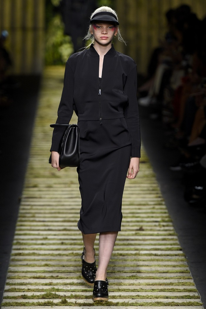 max-mara-ready-to-wear-ss-2017-mfw-14