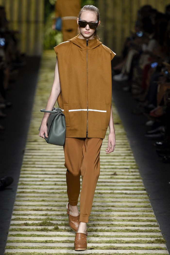 max-mara-ready-to-wear-ss-2017-mfw-26