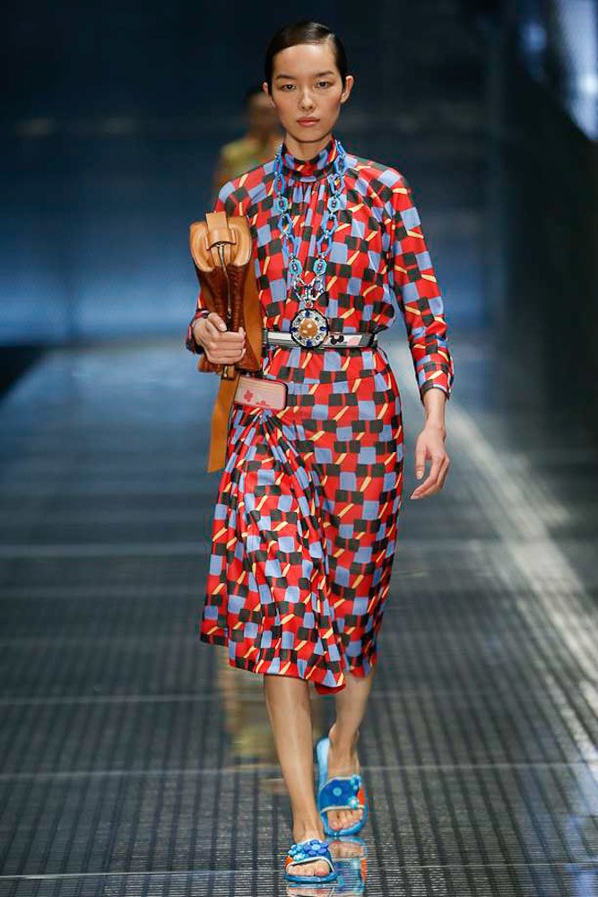 prada-ready-to-wear-ss-2017-mfw-27