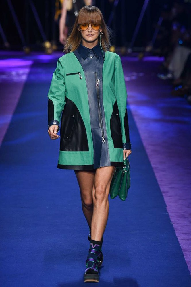versace-ready-to-wear-ss-2017-mfw-12