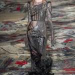 Alexander McQueen Ready to Wear S/S 2017 PFW