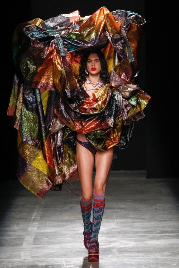 andreas-kronthaler-for-vivienne-westwood-ready-to-wear-ss-2017-pfw-41