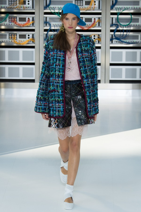 chanel-ready-to-wear-ss-2017-pfw-34