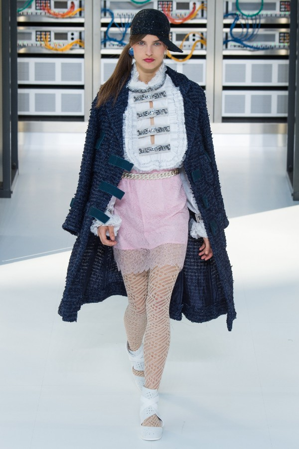 chanel-ready-to-wear-ss-2017-pfw-59