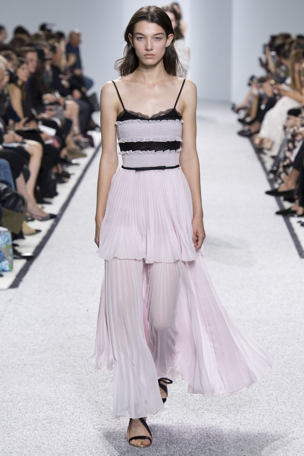 giambattista-valli-ready-to-wear-ss-2017-pfw-37