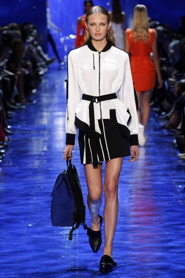 mugler-ready-to-wear-ss-2017-pfw-17