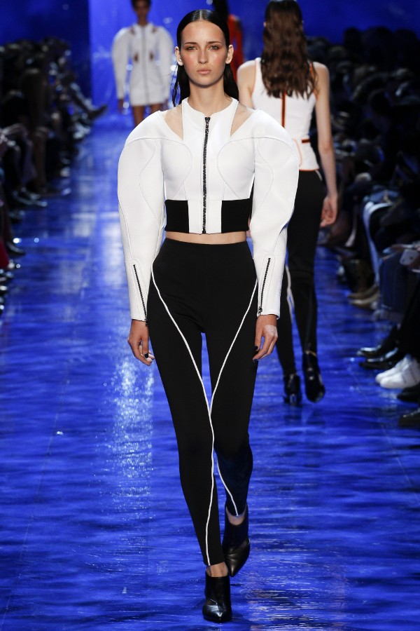 mugler-ready-to-wear-ss-2017-pfw-20