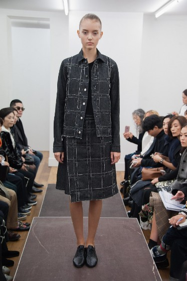 noir-kei-ninomiya-ready-to-wear-ss-2017-pfw-14
