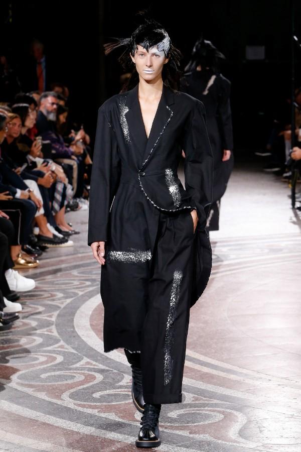 yohji-yamamoto-ready-to-wear-ss-2017-pfw-32