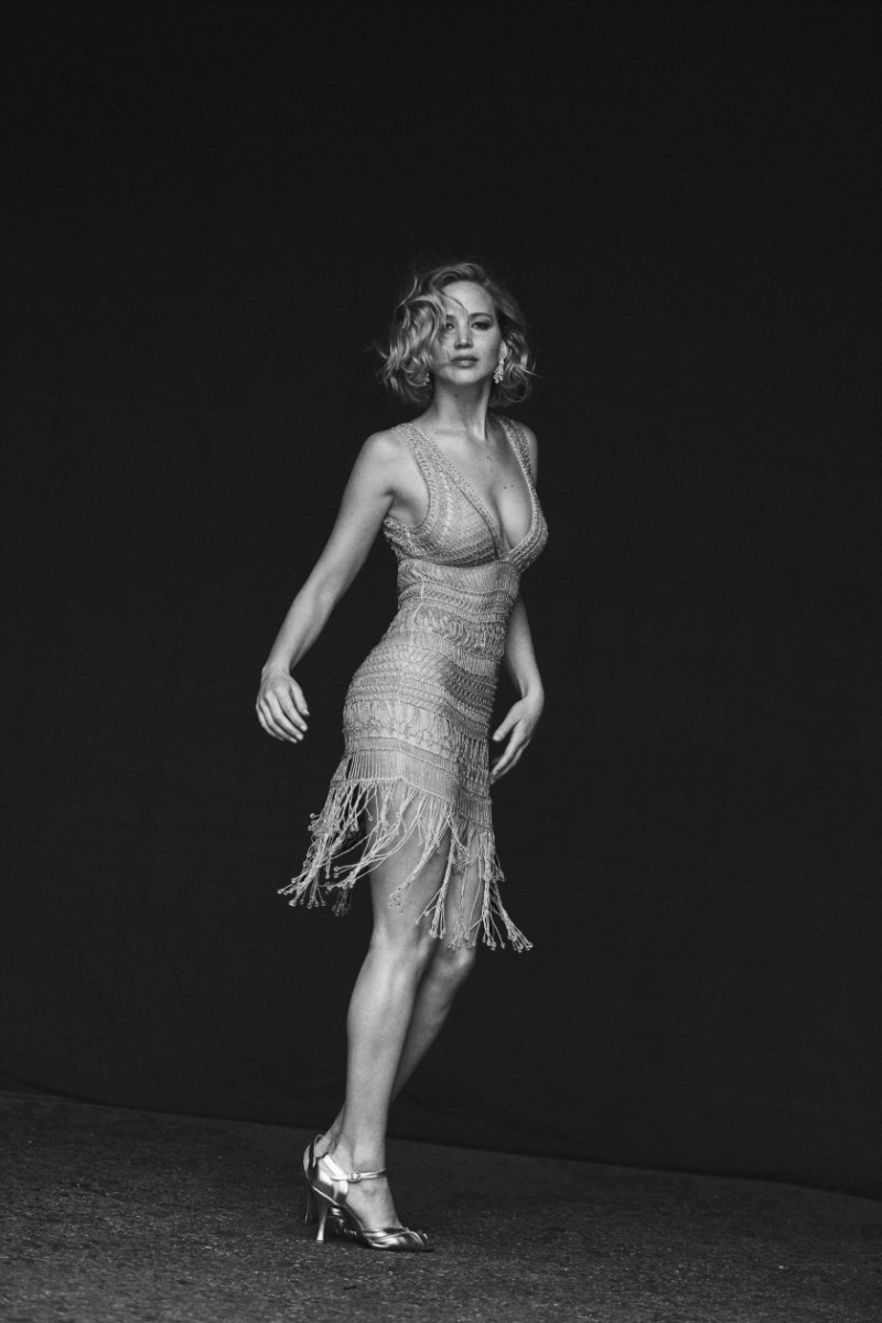 jennifer-lawrence-by-peter-lindbergh-9