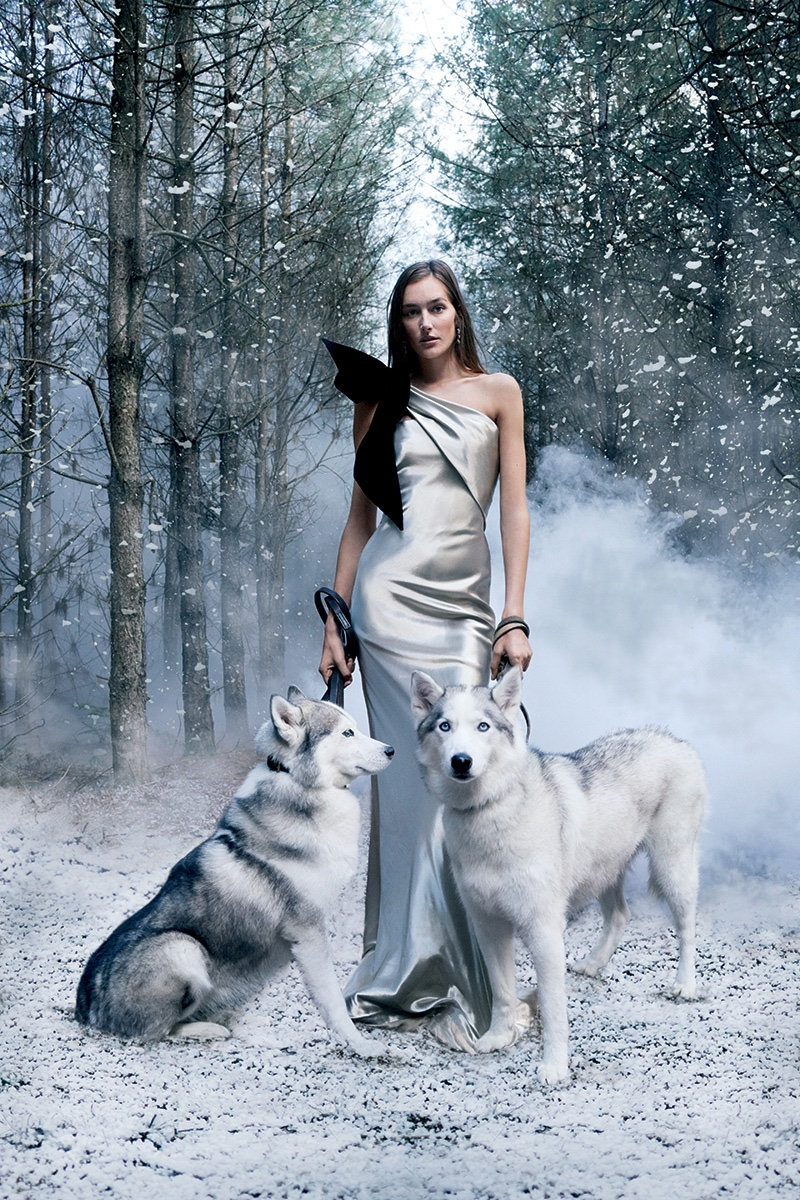 josephine-le-tutour-snow-fashion-harpers-bazaar-uk03