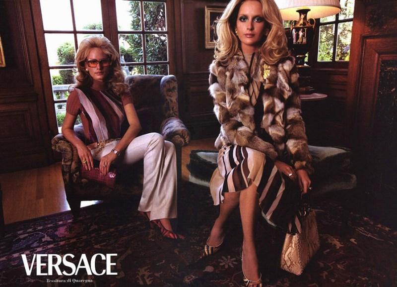 versace-fall-2000-by-steven-meisel-3