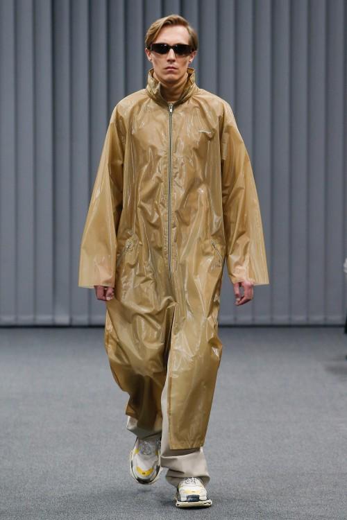 Balenciaga Menswear FW 2017 Paris13