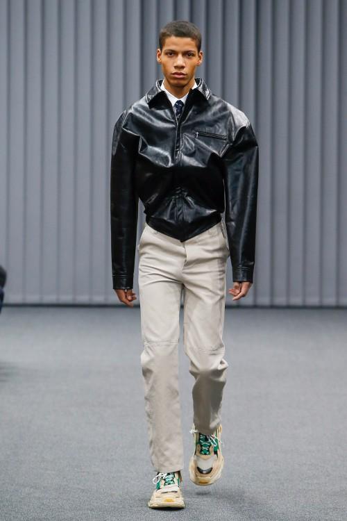 Balenciaga Menswear FW 2017 Paris15