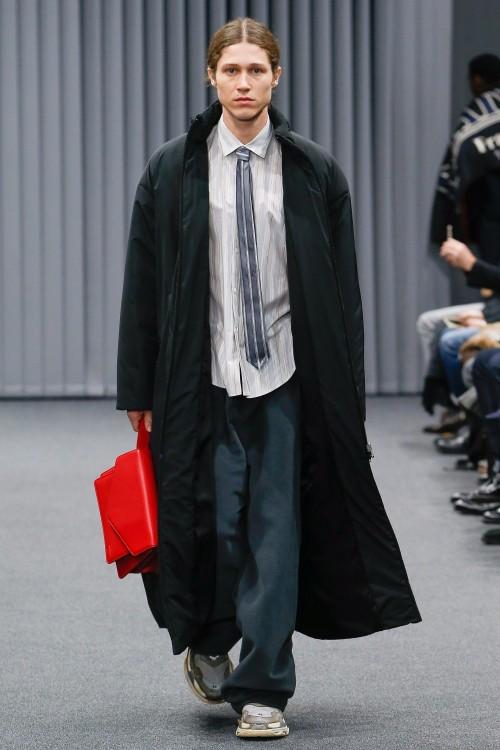 Balenciaga Menswear FW 2017 Paris29
