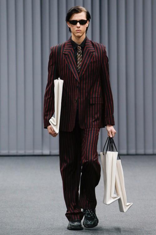 Balenciaga Menswear FW 2017 Paris31