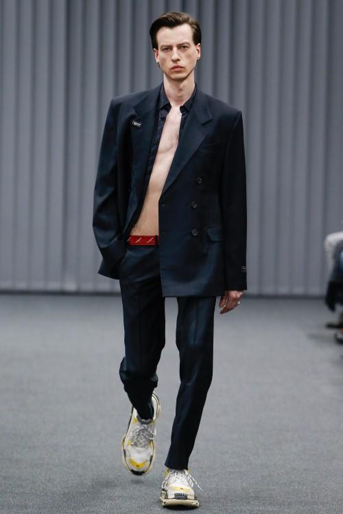 Balenciaga Menswear FW 2017 Paris4