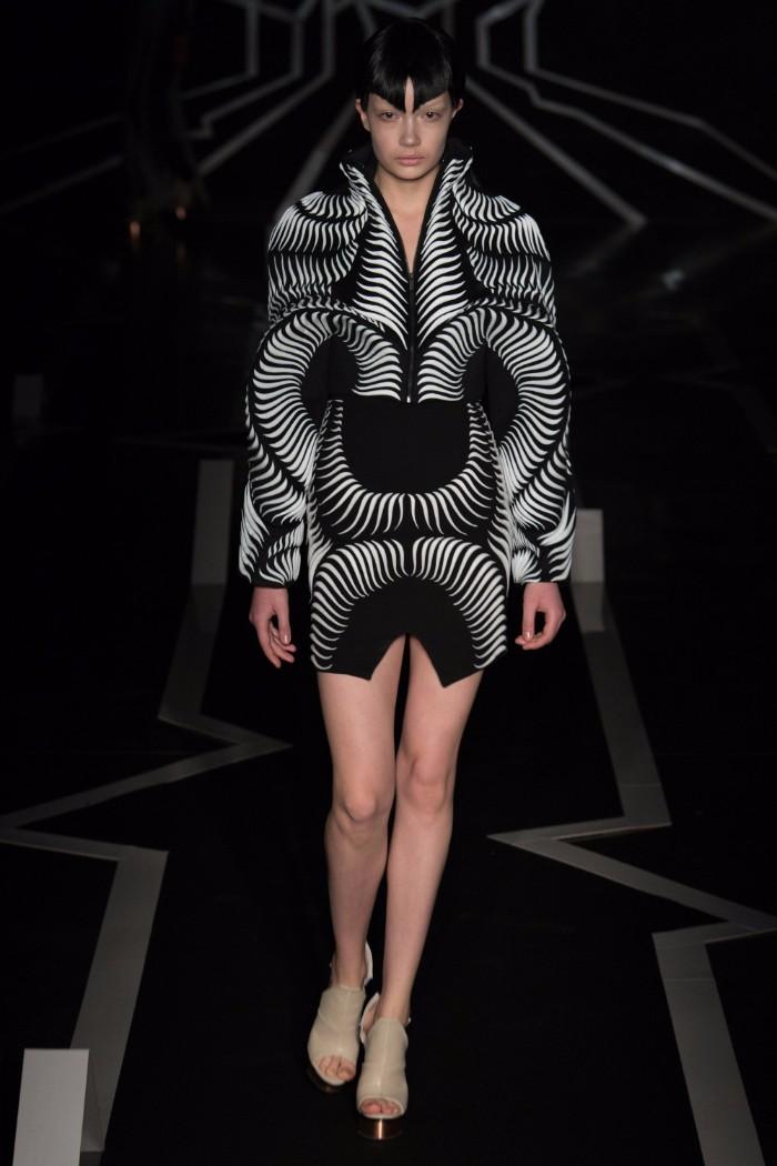 Iris van Herpen Haute Couture SS 2017 Paris10
