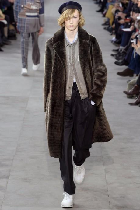 Louis Vuitton Menswear FW 2017 Paris22