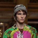 Versace Menswear F/W 2018.19 MFW | FULL RUNWAY SHOW (Video)
