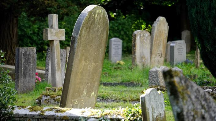 Understanding and Breaking Down the Funeral Process