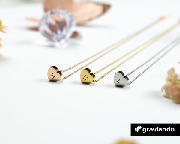 Herzkette mit Initialen Graviando