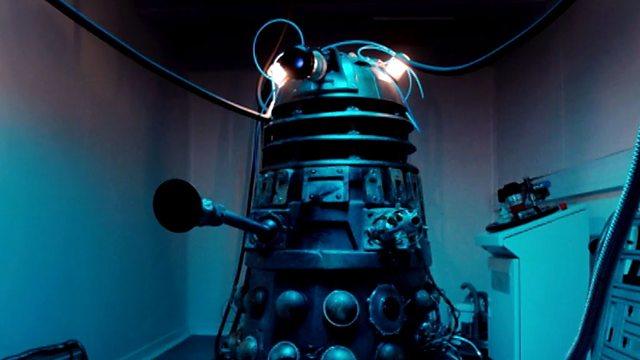 """MINUTE REVIEW: Doctor Who """"Into The Dalek"""""""