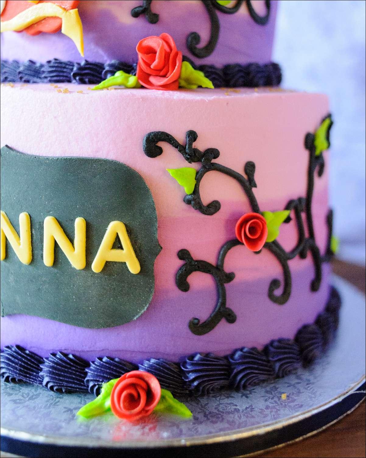 Disney Descendants Cake Images : Disney Descendants Birthday Cake Gray Barn Baking