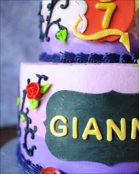disney-descendants-cake-5