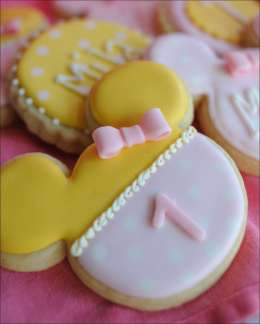 minnie-mouse-first-cookies-5