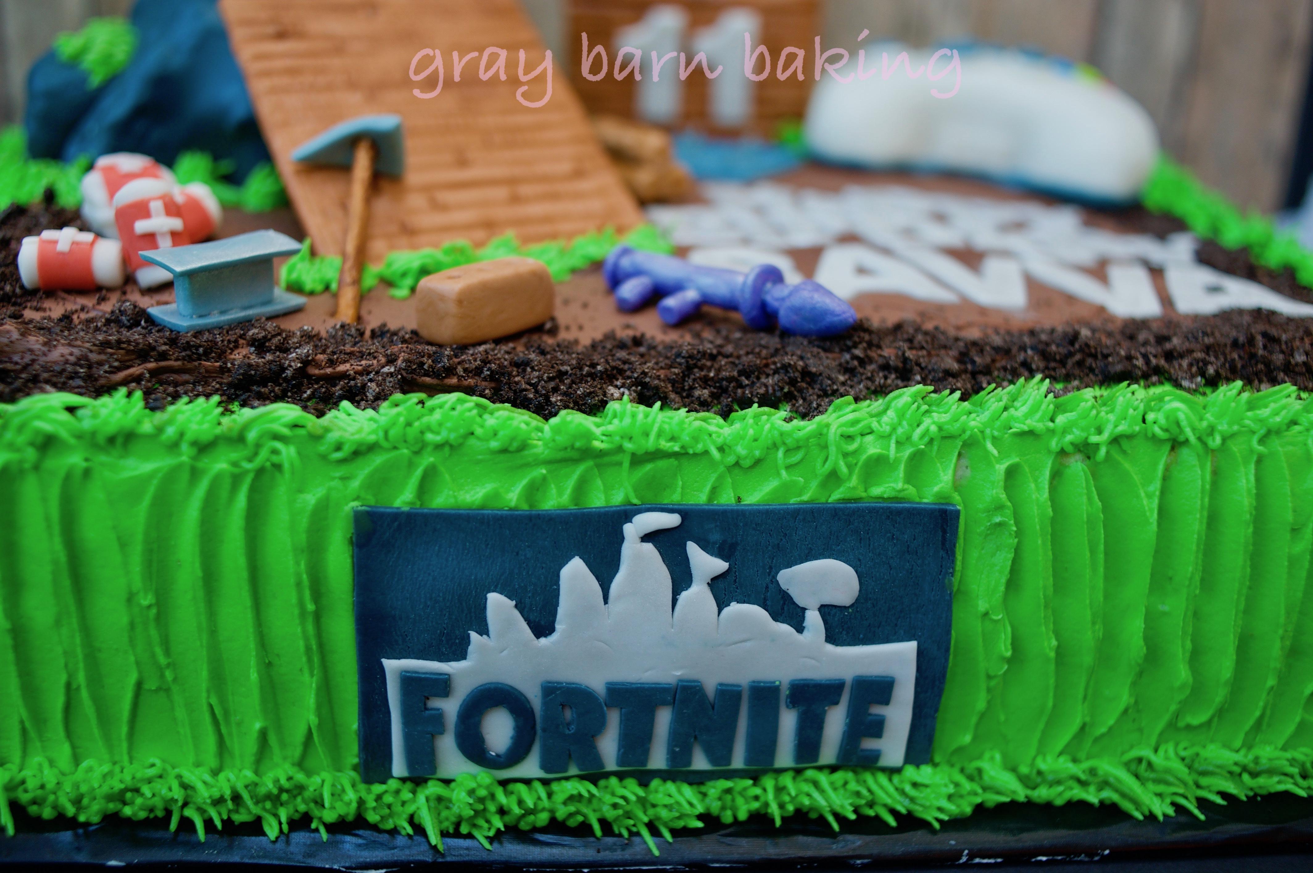 Fortnite Gamer Cake