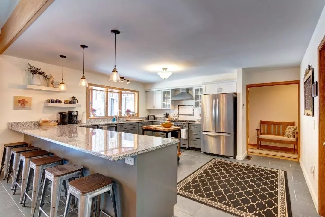 Kitchen with viking appliances, granite & LOTs of space for many chefs