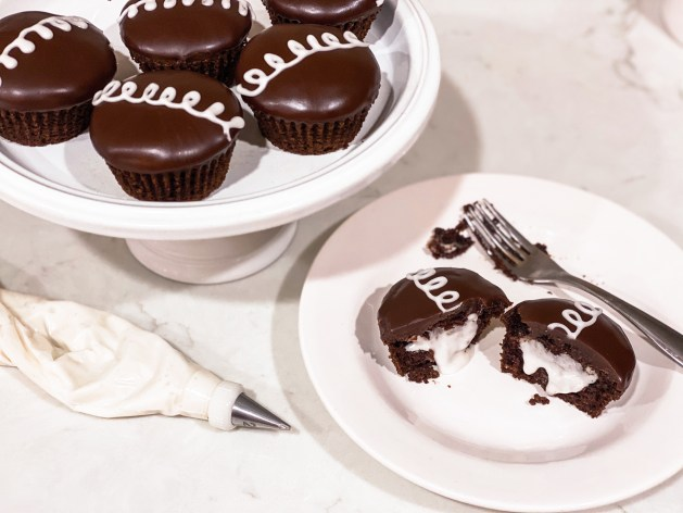 Picture of vegan Gluten free cream filled hostess cupcakes on a plate