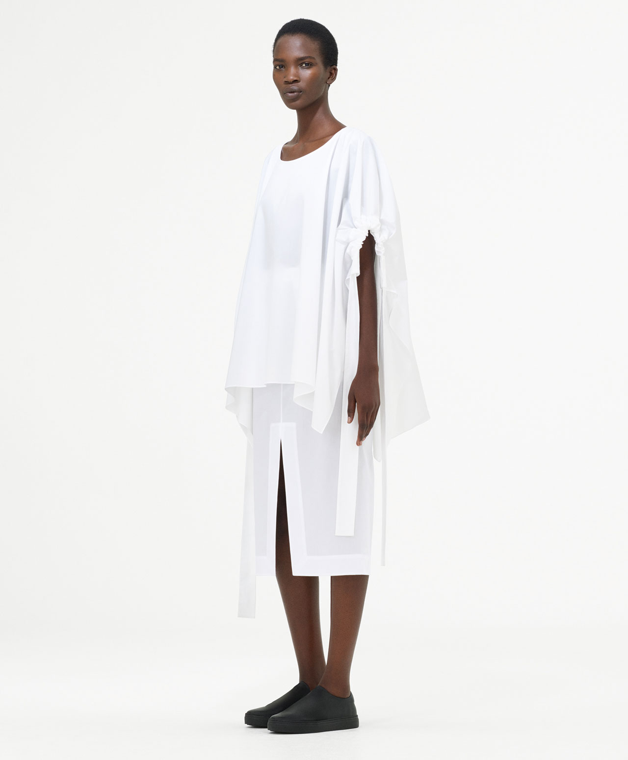 COS_SS17_Womens_Look_1