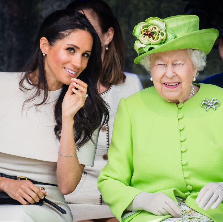 La reina Isabel II anuncia un 'periodo de transición' para que los duques  de Sussex abandonen la Familia Real | Grazia