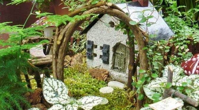 An Urban Fairy Garden To Enjoy Indoors All Year!