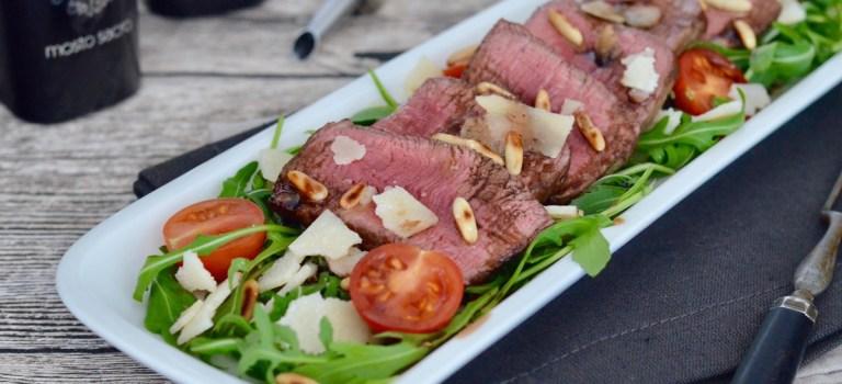 Tagliata auf Rucola-Salat mit bestem Balsamico & Olivenöl  //  Onlineshop-Empfehlung