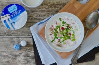 Joghurt Gazpacho mit knackigem Gemüse